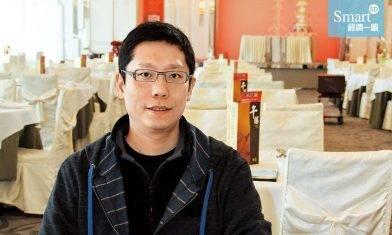 全線「牛涮鍋」暫時休業!CEO黃傑龍人工減半:堅持不裁員、不遣散