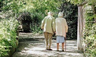 退休30年要用幾多錢?衣食住行唔慳得 兩夫婦3千萬走唔甩!|黎嘉廉