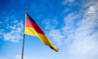 移民德國|何謂恆常居於德國?滿足特定條件可由8年縮短至6年|石賈墨