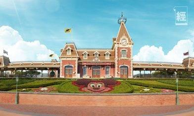 迪士尼門票買二送一 3人行慳逾600元 樂園酒店同步推Staycation優惠 1,400元包早餐