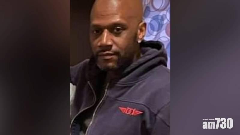 【有片】美國非裔男子裸跑被捕後窒息死亡  7警被停職