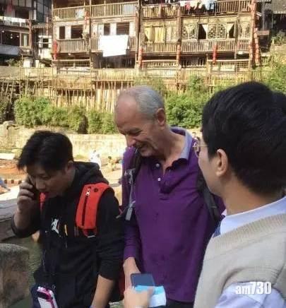 英國駐重慶總領事勇救遇溺女生 趙立堅:點個大大的讚