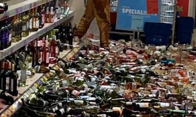【網上熱話】「爆樽女」超市打爛500樽酒  網民慨嘆無人阻止(有片)
