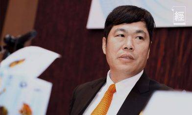 紙業大王李朝旺在香港與客戶食飯受啟發 創全國衞生紙第一品牌維達 一張廁紙也可以賣到上市?