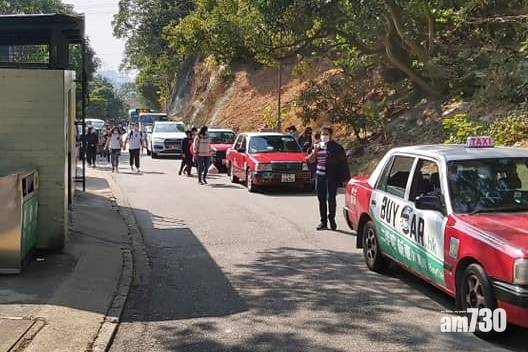 網上熱話|城門水塘假日大塞車小巴班次受阻 組織批太多私家車造成