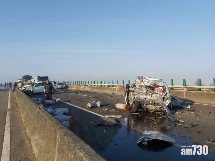 濃霧肇禍|台西濱公路20車連環撞2死8傷