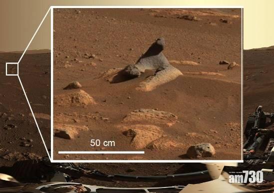 NASA公布毅力號首批火星360度全景照片