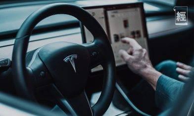 以一己之力「推跌」比特幣 跌穿50,000元  Elon Musk身家一夜縮水 痛失首富之位