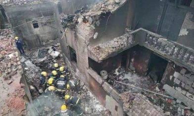 江西人工增雨飛機墜民居起火 機上5人全遇難