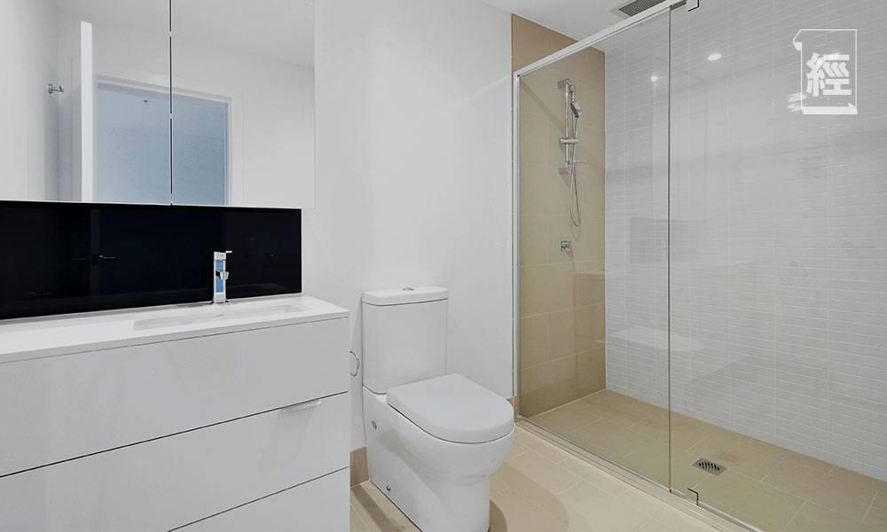 點解新樓多數用浴缸?網民熱議優缺點:企缸係生存,浴缸係生活