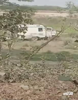新冠肺炎|斷正!救護車司機被揭棄屍恆河 野狗聚集遺體旁