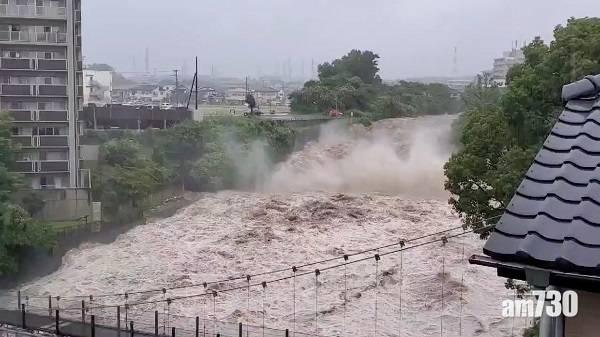 天災|靜岡縣山泥傾瀉20失蹤2死 被困26小時一對75歲老夫婦獲救 (有片)