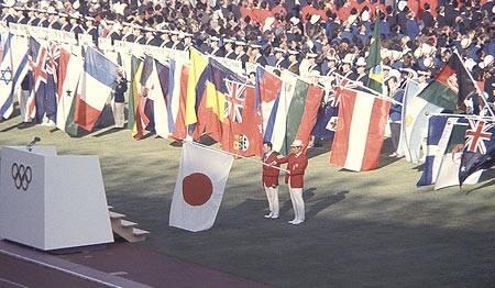 東京奧運︱日本辦奧運波折重重 首相家族屢留遺憾