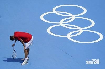 東京奧運|濕熱難頂一度暫停 球證問是否繼續比賽 網壇「二哥」神回應:可以,但若我死了誰負責