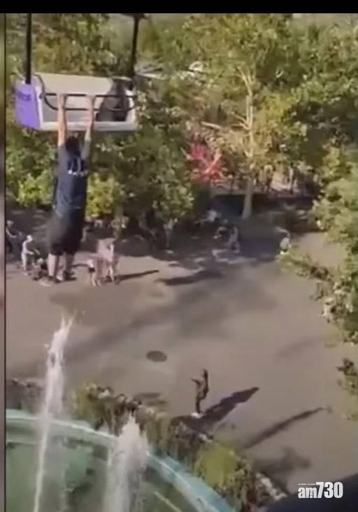 恐怖事故|男子坐吊車 突然離座「玩單槓」 跌死前片段曝光(有片)