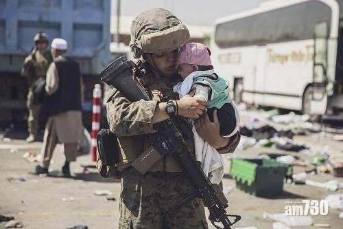 阿富汗局勢 美軍撤離倒數1000平民機場待離開 拜登:很大機會再有襲擊