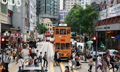 即睇你有冇入錯行!香港最高薪行業唔係金融、地產 過咗呢個歲數人工開始走下坡